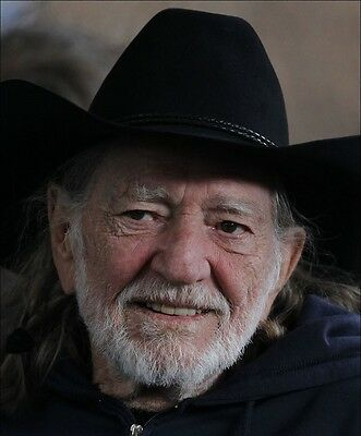 Willie Nelson 8X10 Glossy Photo Picture