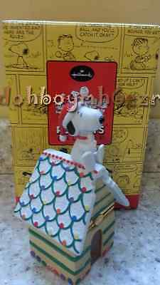 Hallmark 2002 Peanuts Gallery Home Sweet Home Snoopy Porcelain Hinged Box