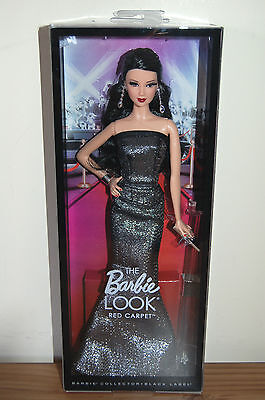 2014 Black Label THE LOOK COLLECTION Red Carpet Black Gown Barbie NEW RELEASE