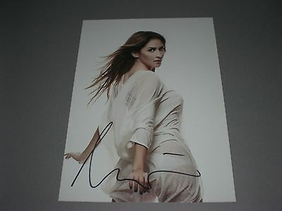 Aynur Aydin  signed signiert autograph Autogramm auf 20x28 Foto in person