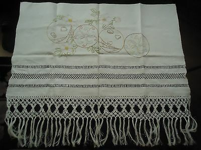 ANTIQUE OPEN STITCH WORK FRINGE TABLE RUNNER FLOWERS BEAUTIFUL