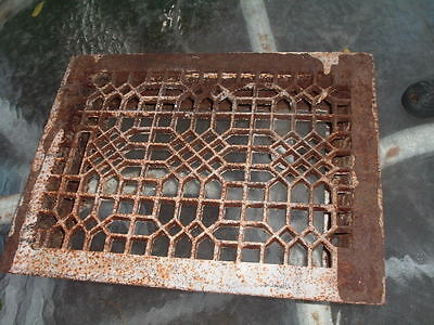 Antique Metal Cast Iron Painted Floor Vent Heating Grate