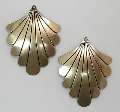 #3402 ANTIQUED GOLD SCALLOPED COMPONENT W/TOP HANG HOLE - 4 Pc Lot