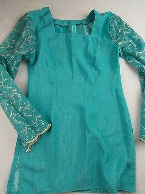 new size 8-10 traditional Indian or pakistani kameez tunic top in blue unworn