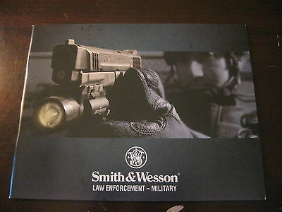 Smith & Wesson 2010 Law Enforcement / Military Collectible Catalog / 43 Pages