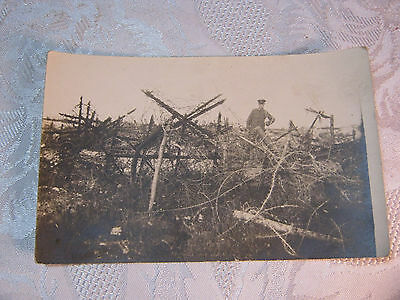 Wwi Barbed Wire & Soldier Military Photo Postcard    T*