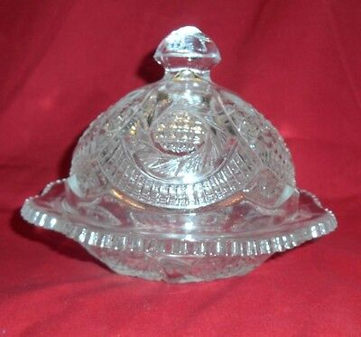 HOBSTAR & LATTICE COVERED PRESSED GLASS BUTTER DISH SAWTOOTH EDGE EXC.