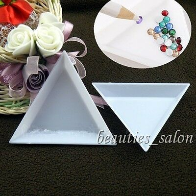 2Pcs/Set Nail Art Stud Storage Display Plate Empty Triangular Plastic Plate
