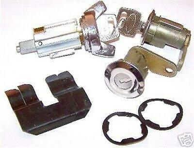 70 71 72 73 MUSTANG DOOR AND IGNITION MATCHED LOCK SET