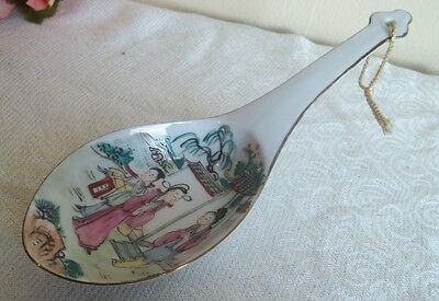 Vtg hand painted ceramic spoon rest.Asian home decor.Y.T. Hong Kong