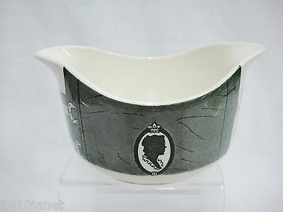 Royal China Colonial Homestead Gravy Boat Green Interior Discolored