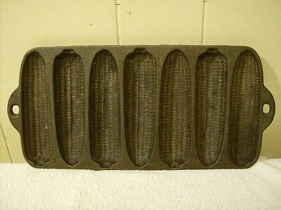 Vintage Cast Iron Corn Muffin Stick Pan Marked 'made In Usa' B / Very Nice
