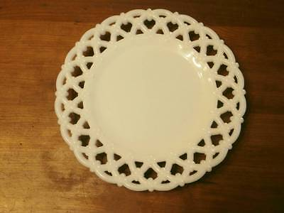 """VTG 8 1/2"""" DIAMETER FLORAL RETICULATED EDGE MILK GLASS PLATE TRAY GREAT DESIGN"""