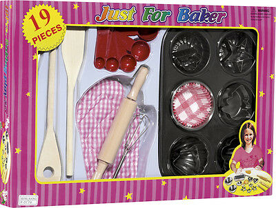 Kinder Back Set 19 Teile Formen Muffin Teigrolle Backform Schneebesen Küche