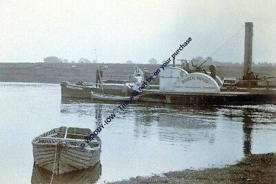 rp13553 - Paddle Steamer Robin Hood on River Trent , Lincs - photo 6x4
