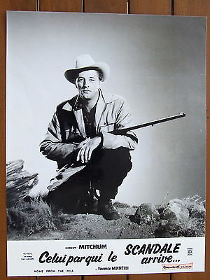Robert Mitchum Lobby Card Photo Exploitation Celui Par Qui Le Scandale Arrive