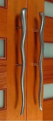 Stainless Steel Pull Handles Solid Heavy Duty Quality 1Pair(2handles) 545mmlong