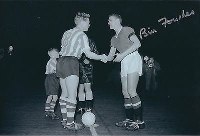 Bill FOULKES Signed Autograph Photo AFTAL COA Manchester United RARE England