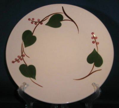 Blue Ridge Southern Potteries Partridge Berry Dinner Plate Red Berries Green Lvs