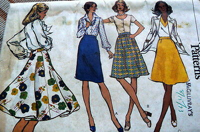 LOVELY VTG 1970s SKIRTS VOGUE Sewing Pattern WAIST 28