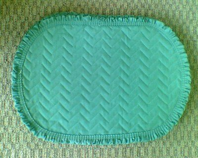 Set of 4 Oval Placemats NEW NWT Sage Green 18X13