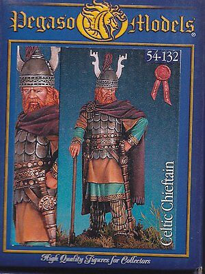 PEGASO MODELS 54-132 - CELTIC CHIEFTAIN - 54mm WHITE METAL NUOVO
