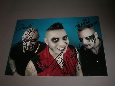 The Brains signed autograph Autogramm 8x11 photo in person