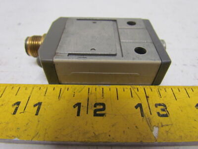 Omron D4CC-1001 Plunger Limit Switch 1A 125Volt