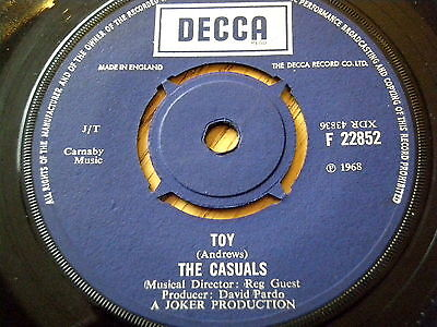 "The Casuals - Toy  7"" Vinyl"