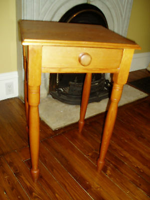 Wonderful Antique  Mid 1800's Pine Table W/drawer