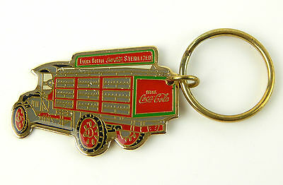 Vintage 1987 Coca Cola Red Delivery Truck Enamel Keychain Coke Excellent Cond
