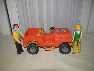 ~Vintage 1977 Fisher Price Adventure People Safari Jeep W/Man & Woman~