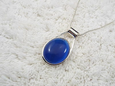 Silvertone Cobalt Blue Cat's Eye Glass Cabochon Pendant Necklace (B32)