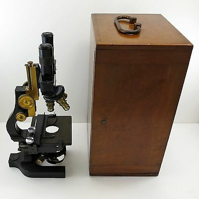 BAUSCH & LOMB Antique BINOCULAR RESEARCH MICROSCOPE Model CBE w/ CASE 3 Lenses