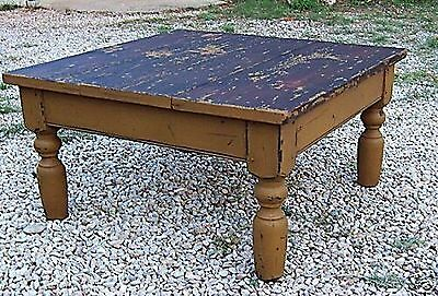 PRIMITIVE PAINTED ANTIQUE REPRODUCTION PINE FARM FARMHOUSE COFFEE TABLE COUNTRY