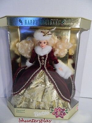 BARBIE DOLL 1996 - HAPPY HOLIDAYS  NEW IN BOX Perfect Collectible Doll