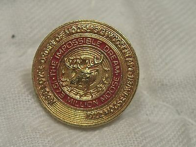 1973 THE Impossible Dream Million Moose Order of Moose Lapel Pin GOLD TONE & RED
