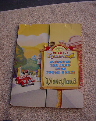 Disney RARE TOON TOWN PRESS KIT WITH PRESS  PHOTOS + ARTICLES ABOUT TOON TOWN