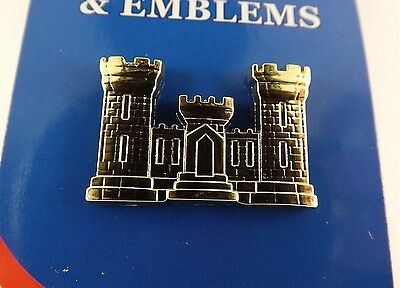 BRAND NEW Lapel Pin U.S. ARMY ENGINEER Gold Tone Castle 1 1/8""