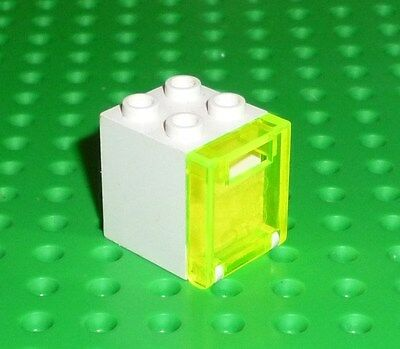 Box 2 x 2 x 2 and Door with Slot - White LEGO Container X2