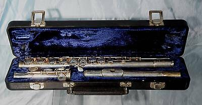 Nice Vintage  ARMSTRONG 104 Silver Flute with Hard  Case