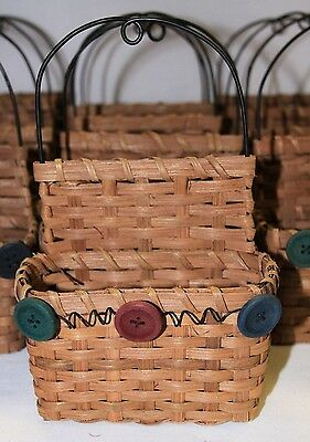 Lot of 25 Wicker Craft Baskets Wire Handle 3 Styles Wood Hearts Buttons Moose