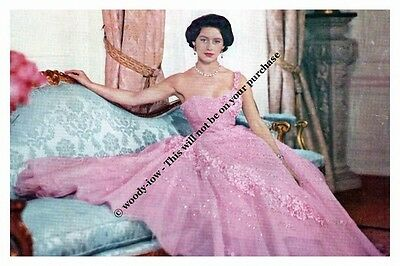 mm765 - young Princess Margaret in pink gown -  Royalty photo 6x4