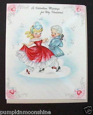 #G609- Vintage Unused Valentine's Greeting Card Fancy Victorian Couple Dancing