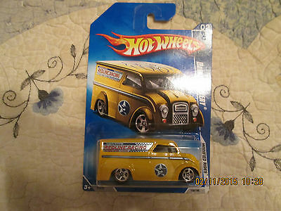 2009 HOT WHEELS MODIFIED RIDES DAIRY DELIVERY REDLINE RACING   158/190 VHTF (H)