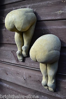 pair cheeky big bottoms bums wall plaques decorative home garden ornaments 25cmH