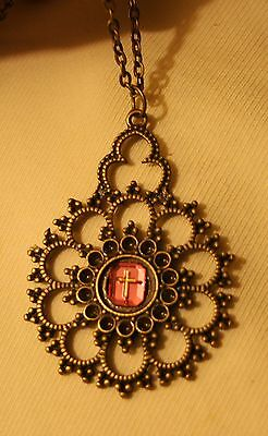 Lovely Lacy Openwork Scalloped Rose Pink Cross Inset Brasstone Pendant Necklace