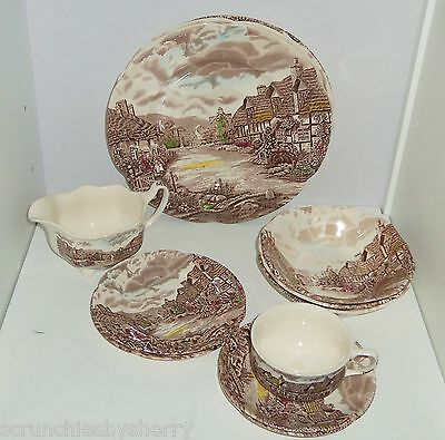 13 Olde English Countryside Plate Bowl Gravy Boat Saucers Johnson Brothers VTG