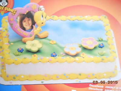 Looney Tunes Tweety Frame Cake Topper Decoration