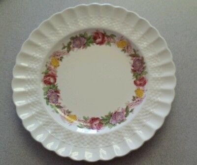 Spode Rose Briar Luncheon Plate 8 7/8 inch.